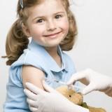 Dete prima vakcinu