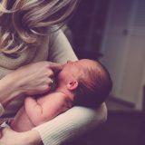 Saopštenje: Zakon o finansijskoj podšci porodicama sa decom umanjuje prava zaposlenih majki